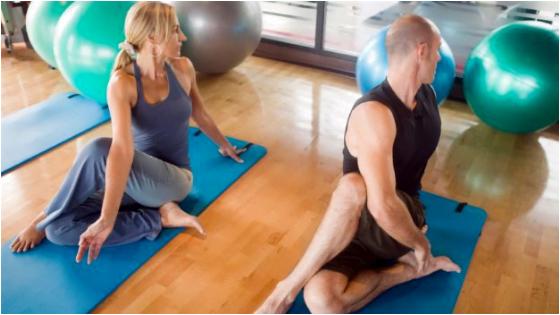 Matsyasana Yoga Sundar aur Chamkili twacha ke liye
