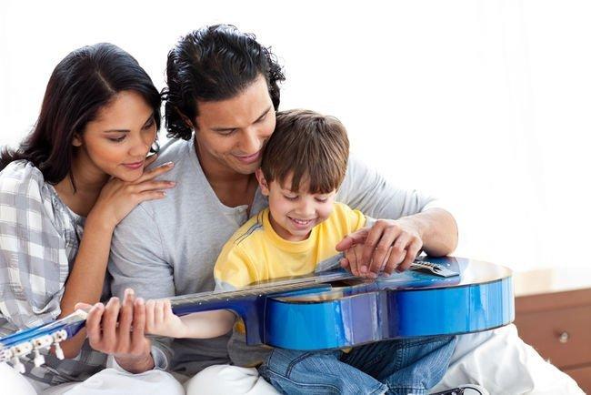 कैसे बनें अपने माता-पिता के Favorite?