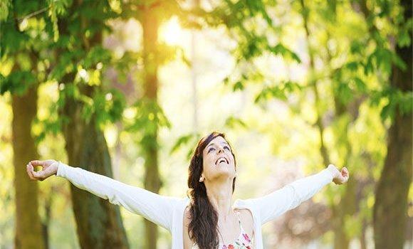 हमेशा जवान रहने के बेहतरीन उपाय - Tips to Look Younger Always in Hindi